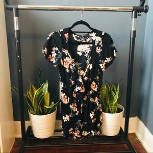 Floral American Eagle Tie-front Romper